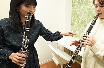 希望の時間帯にマンツーマンで指導。生涯の趣味にピアノを始めてみませんか?!!